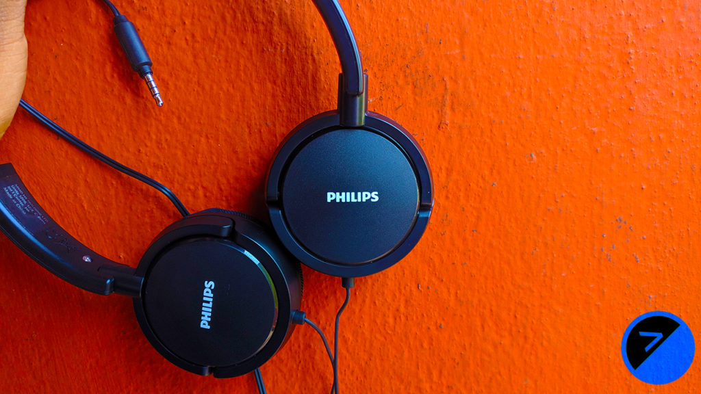 Philips SHL5005 Wired Extra Bass Headphones Review 2